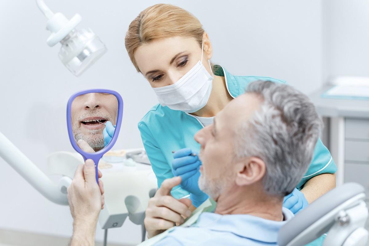 Протезирование челюсти при полном отсутствии зубов