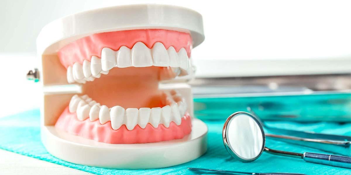 Бесплатное протезирование зубов, ОМС